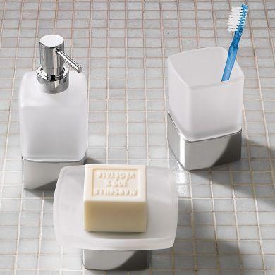 Porch Designer Freestanding Bathroom Accessories - Main Image